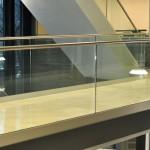 balaustra-parapetto-vetro-profilo-alluminio-fissaggio-a-terra-varese-azzate-10b
