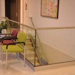 balaustra-parapetto-vetro-profilo-alluminio-fissaggio-a-terra-varese-azzate-12
