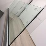 balaustra-parapetto-vetro-profilo-alluminio-fissaggio-a-terra-varese-azzate-1a
