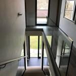 balaustra-parapetto-vetro-profilo-alluminio-fissaggio-a-terra-varese-azzate-4d