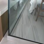 balaustra-parapetto-vetro-profilo-alluminio-fissaggio-a-terra-varese-azzate-6
