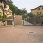 cancelletto-pedonale-cancello-carraio-due-ante-battenti-certificato-ferro-battuto-moderno-verniciato-elegante-personalizzato-unico-design-azzate-varese-1a