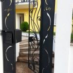 cancelletto-pedonale-ferro-battuto-moderno-verniciato-elegante-personalizzato-unico-design-azzate-varese-1a
