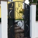 cancelletto-pedonale-ferro-battuto-moderno-verniciato-elegante-personalizzato-unico-design-azzate-varese-1b