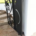 cancelletto-pedonale-ferro-battuto-moderno-verniciato-elegante-personalizzato-unico-design-azzate-varese-1e