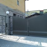 cancelletto-pedonale-ferro-battuto-verniciato-elegante-personalizzato-unico-design-azzate-varese-1b