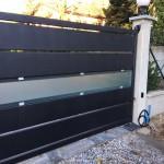 cancello-carraio-anta-battente-certificato-ferro-verniciato-doghe-medie-orizzontali-vetro-satinato-acidato-moderno-design-azzate-varese-1b