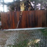 cancello-carraio-due-ante-battenti-asimmetriche-certificato-acciaio-corten-effetto-ruggine-lamiera-moderno-design-azzate-varese-1a