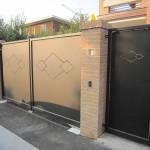 cancello-carraio-due-ante-battenti-certificato-cancelletto-pedonale-ferro-verniciato-taglio-laser-design-azzate-varese-1a