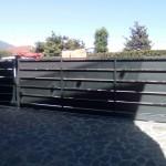 cancello-carraio-scorrevole-certificato-cancelletto-pedonale-ferro-verniciato-doghe-medie-orizzontali-moderno-design-azzate-varese-1c