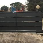cancello-carraio-scorrevole-certificato-ferro-verniciato-doghe-alte-orizzontali-moderno-design-azzate-varese-3a