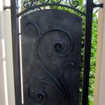 recinzione-ferro-battuto-verniciato-personalizzata-unica-artistica-design-azzate-varese-como-milano-ticino-svizzera-2c