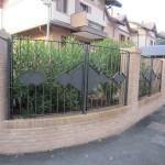 recinzione-ferro-verniciato-inserti-verticali-design-azzate-varese-como-milano-ticino-svizzera-1a