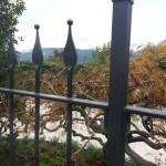 recinzione-ferro-verniciato-inserti-verticali-design-azzate-varese-como-milano-ticino-svizzera-3b