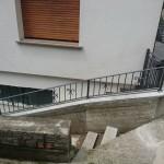 recinzione-ferro-verniciato-inserti-verticali-design-azzate-varese-como-milano-ticino-svizzera-5a
