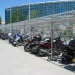 ciclopark-tettoia-copertura-posto-bici-moto-motocicli-plexiglas-compatto-certificata-tuv-carico-neve-design-azzate-varese-1