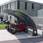 ciclopark-tettoia-copertura-posto-bici-moto-motocicli-plexiglas-compatto-certificata-tuv-carico-neve-design-azzate-varese-2b
