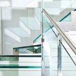 scala-moderna-design-novalinea-laser-exclusive-struttura-portante-laterale-acciaio-gradini-ringhiera-vetro-extrachiaro-azzate-varese-como-milano-brianza-svizzera-canton-ticino-1e