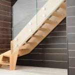 scala-moderna-design-novalinea-style-glass-gradini-doppio-cosciale-legno-ringhiera-vetro-extrachiaro-azzate-varese-como-milano-brianza-svizzera-canton-ticino-1a