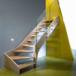 scala-moderna-design-novalinea-style-glass-gradini-doppio-cosciale-legno-ringhiera-vetro-extrachiaro-azzate-varese-como-milano-brianza-svizzera-canton-ticino-2a