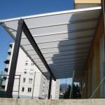 tettoia-addossata-piana-plexiglas-alveolare-certificata-tuv-design-azzate-varese-5a