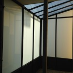tettoia-bussola-ferro-battuto-vetro-acidato-satinato-copertura-entrata-design-azzate-varese-1f