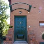 tettoia-pensilina-arco-plexiglas-compatto-copertura-entrata-certificata-tuv-design-azzate-varese-1