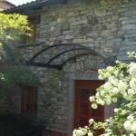 tettoia-pensilina-arco-tiranti-plexiglas-compatto-copertura-entrata-certificata-tuv-design-azzate-varese-3