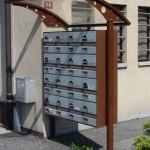 tettoia-pensilina-curva-acciaio-corten-plexiglas-compatto-copertura-cassetta-postale-certificata-tuv-azzate-varese-1