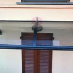 tettoia-pensilina-curva-plexiglas-compatto-copertura-entrata-certificata-tuv-design-azzate-varese-16e