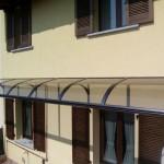 tettoia-pensilina-curva-plexiglas-compatto-copertura-entrata-certificata-tuv-design-azzate-varese-17b