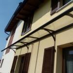 tettoia-pensilina-curva-plexiglas-compatto-copertura-entrata-certificata-tuv-design-azzate-varese-17c