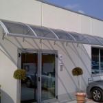 tettoia-pensilina-curva-plexiglas-compatto-copertura-entrata-certificata-tuv-design-azzate-varese-20