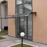 tettoia-pensilina-curva-plexiglas-compatto-copertura-entrata-certificata-tuv-design-azzate-varese-6