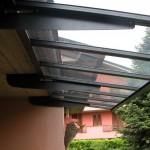 tettoia-pensilina-piana-attacco-sotto-soletta-plexiglas-compatto-copertura-entrata-certificata-tuv-design-azzate-varese-1