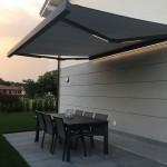 tenda-da-sole-a-bracci-cassonetto-luci-led-motorizzata-somfy-design-azzate-varese-1