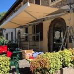 tenda-da-sole-a-bracci-cassonetto-luci-led-motorizzata-somfy-design-azzate-varese-5