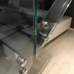 ringhiera-parapetto-scala-vetro-boccole-acciaio-inox-aisi-304-design-moderno-varese-azzate-4b
