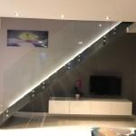 ringhiera-parapetto-scala-vetro-boccole-acciaio-inox-aisi-304-design-moderno-varese-azzate-4c