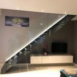 ringhiera-parapetto-scala-vetro-boccole-acciaio-inox-aisi-304-design-moderno-varese-azzate-4h