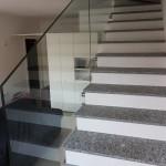 ringhiera-parapetto-scala-vetro-boccole-acciaio-inox-aisi-304-design-moderno-varese-azzate-6f