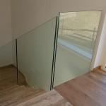 ringhiera-parapetto-scala-vetro-boccole-acciaio-inox-aisi-304-design-moderno-varese-azzate-7i