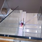 ringhiera-parapetto-scala-vetro-boccole-acciaio-inox-aisi-304-design-moderno-varese-azzate-milano-brianza-svizzera-canton-ticino-10d