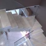 ringhiera-parapetto-scala-vetro-boccole-acciaio-inox-aisi-304-design-moderno-varese-azzate-milano-brianza-svizzera-canton-ticino-10f