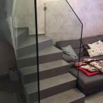 ringhiera-parapetto-scala-vetro-boccole-morsetti-acciaio-inox-aisi-304-design-moderno-varese-azzate-1d