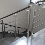 ringhiera-parapetto-scala-acciaio-inox-aisi-304-piantane-quadro-inserti-piatto-orizzontali-legno-design-moderno-varese-azzate-1a