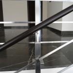 ringhiera-parapetto-scala-acciaio-inox-aisi-304-piantane-quadro-inserti-piatto-orizzontali-legno-design-moderno-varese-azzate-1i