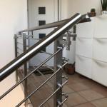 ringhiera-parapetto-scala-acciaio-inox-aisi-304-piantane-quadro-inserti-tondo-orizzontali-design-moderno-varese-azzate-milano-como-svizzera-canton-ticino-5e