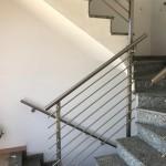 ringhiera-parapetto-scala-acciaio-inox-aisi-304-piantane-quadro-inserti-tondo-orizzontali-design-moderno-varese-azzate-milano-como-svizzera-canton-ticino-5m