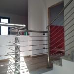 ringhiera-parapetto-scala-acciaio-inox-aisi-304-piantane-quadro-inserti-tondo-orizzontali-design-moderno-varese-azzate-milano-como-svizzera-canton-ticino-6d